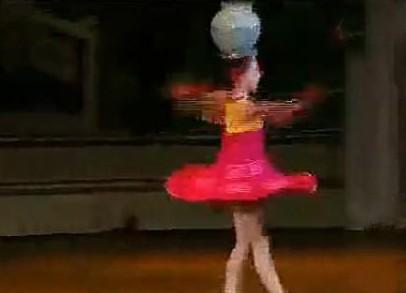 逆天朝鲜舞蹈儿童爆红