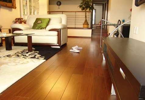 专家提醒:无醛地板板材并非没有甲醛
