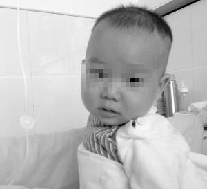 婴儿发烧一年没好 这是什么怪病?专家疑和基因有关