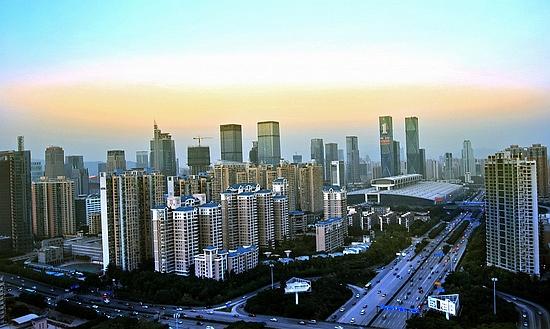 深圳投资客批量买商务公寓 供过于求入市需谨慎