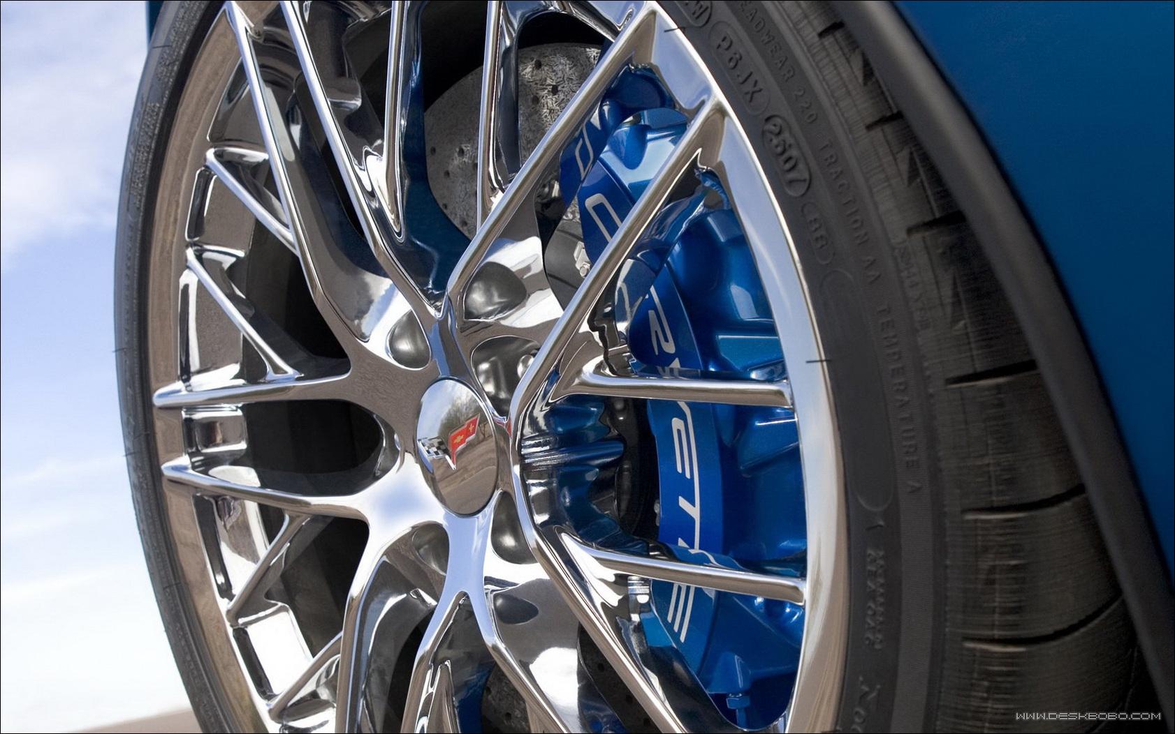 轮胎五类磨损一种裂纹如何处置