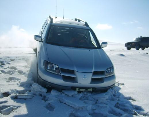 冬季保养有诀窍 风挡玻璃宜用除冰剂