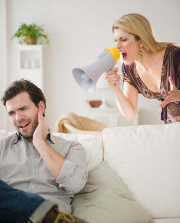 """婚姻宝典:做太太不要太""""老实"""""""
