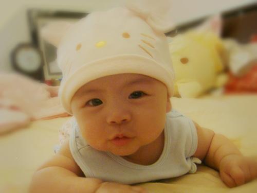 宝宝反复患肺炎可能患上基因缺陷病
