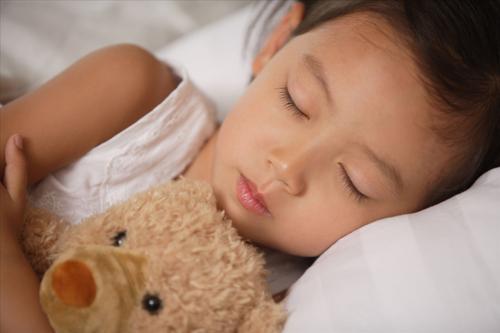 健康警示:儿童睡眠不够血压也容易升高