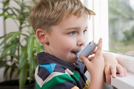 哮喘儿接触二手烟会加重病情