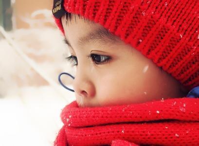 儿童有三类易感病毒:肠道病毒 疱疹病毒