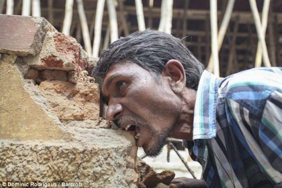 男子吃砖头上瘾每天3公斤 称炸鸡都不及石块
