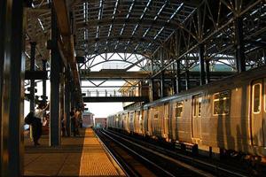 如果纽约地铁是一个人