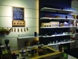 设计师开的咖啡馆,长得像实验室和艺术馆