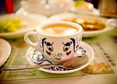 茶餐厅:捱世界还是叹世界