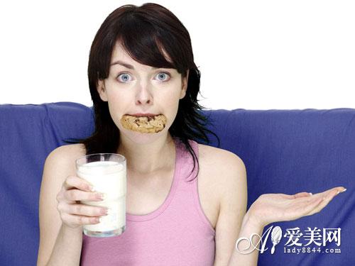牛奶越浓越有营养? 喝牛奶 别陷入这10误区