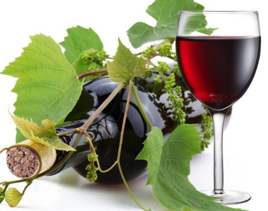 部分看似鲜艳的葡萄酒含色素