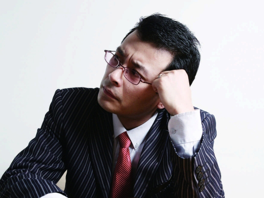 男性遭遇职场性骚扰增多 大多能忍则忍
