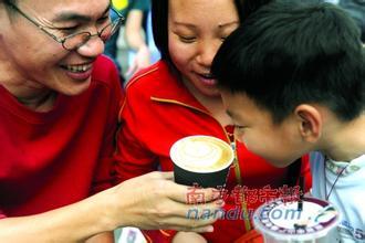 每天适量喝咖啡 或有助于避免动脉阻塞