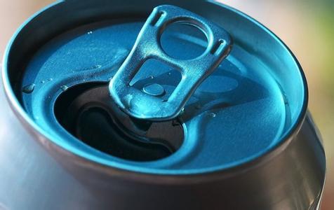 美国104岁人长寿秘诀:每天喝三次汽水