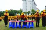 1500名小学生展示手语操
