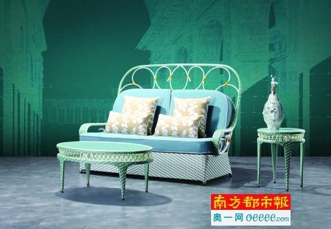 来点新古典 户外家具也变得端庄起来