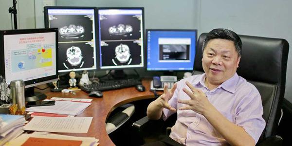 吴一龙教授团队:引领精准医疗 肺癌有望变慢性病