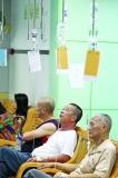 深圳一医院叫停门诊成人输液 医界呼吁市民聪明求诊