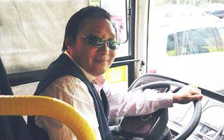 公交司机易患职业病骨科专家免费来坐诊