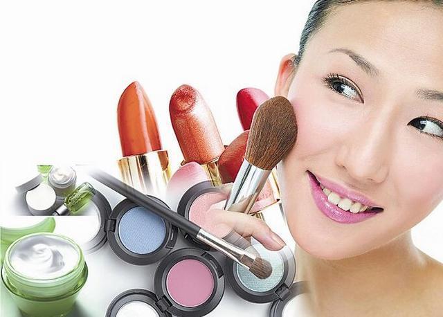 天天化妆 等于一年吃4.6斤化学物质