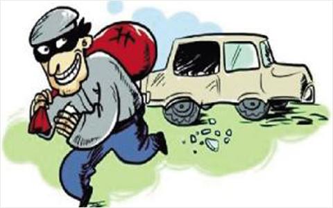 喝个咖啡回来车窗被砸 原是男子弹弓破窗盗窃