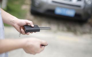 """小心这种干扰器 南都测了三款汽车就有两款车""""中招"""""""