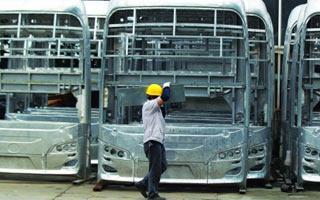 开拓蓝海 造粤首台氢燃料电池车