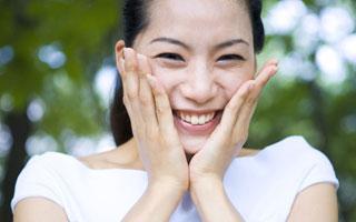 名医坐诊:矫治牙齿,我们要不要拔牙?