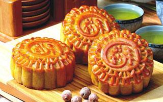 食品安全 严打用陈旧原料或回收月饼做月饼