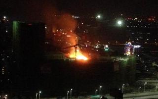 中山一在建楼盘突发大火,现场火光冲天,超10辆消防车驰援!