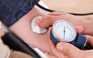 10个深圳成年人 2个患有高血压