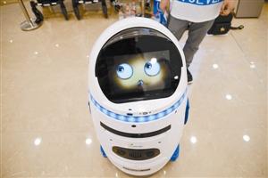 全国首例机器人伤人  究竟谁的错?
