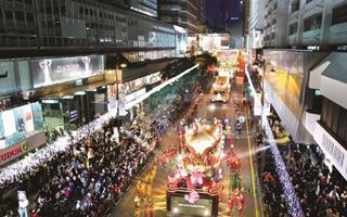 2016年香港零售业销售额及内地旅客量纷纷下跌