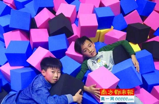 """六一带孩子去蹦床公园""""蹦跶""""吧"""