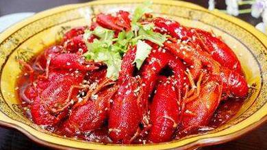 小龙虾大市场 一年消费千亿元