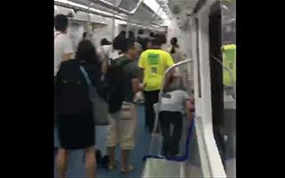 突发!深圳地铁7号线列车行驶中发生慌乱事件 15人受轻伤