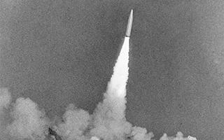 90年90个第一丨第一代潜艇发射战略导弹:巨龙出海铸水下坚实盾牌