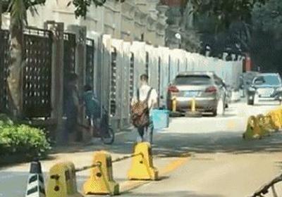 """深圳街头惊现""""晕倒哥""""救护车赶到他居然跑了!"""