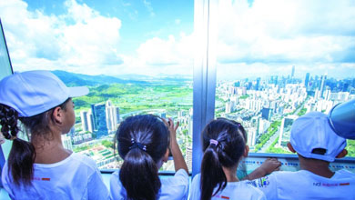 留守儿童:俯瞰深圳,他们为父母点赞