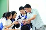 """能力强有情怀,他是深圳最年轻的""""年度教师"""""""