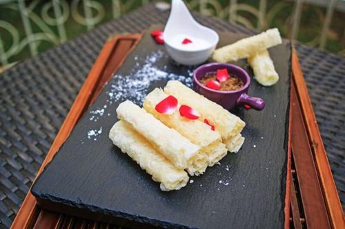 深圳大中华希尔顿酒店新推云南菜——品味彩云之南滇味风情