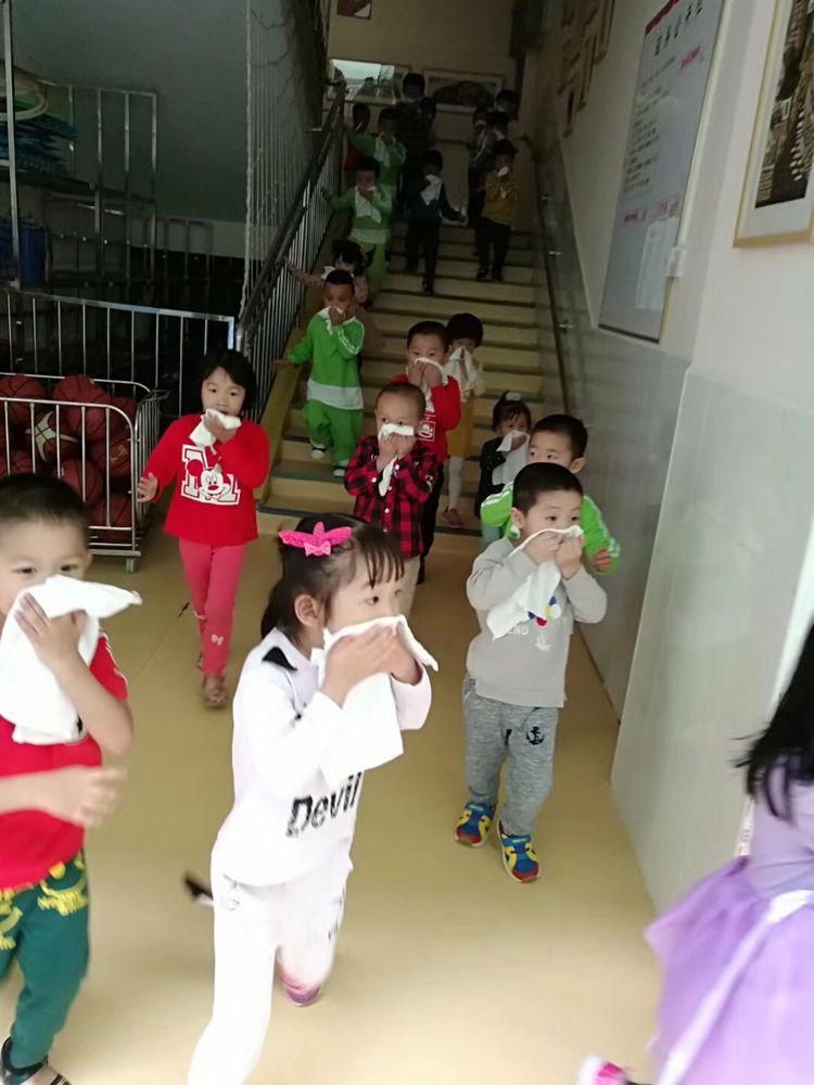 """""""119""""消防安全宣传月 横岗所深入辖区幼儿园 开展消防"""
