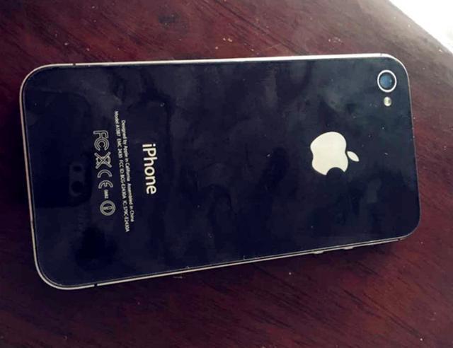 150元的iPhone4S上手体验:有情怀的手机!