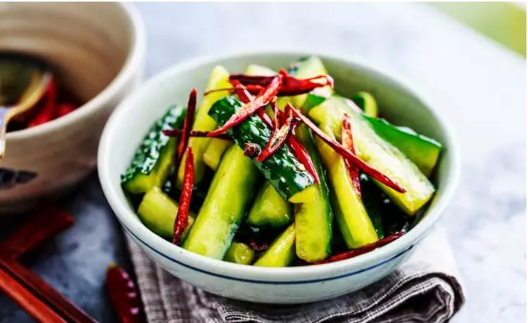 教你一个黄瓜新吃法!爽脆美味又下饭
