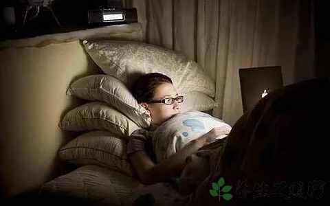 熬夜真的会影响寿命吗?研究的结果是......