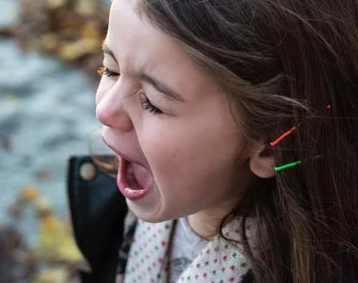一写作业,鸡飞狗跳?心理专家支招父母如何帮孩子解压
