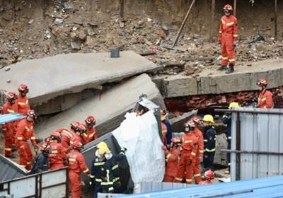 深圳暴雨挡土墙垮塌,埋困两人均不幸遇难