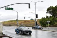 百度Apollo 2.0美国公路试乘:能识别红绿灯反应速度超人类